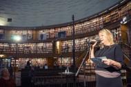 Madeleine Grive, Stadsbiblioteket